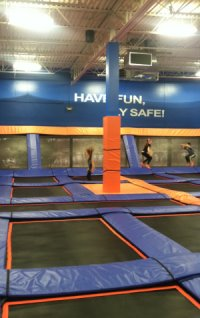 Kidsoutandabout Review Of Sky Zone Trampoline At Its
