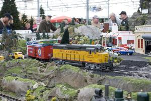 Model Train Display Kids Out And About Rochester