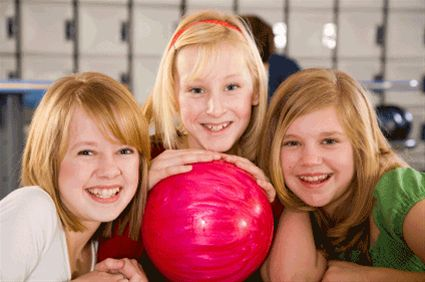 Teen-Girls-Bowling.jpg